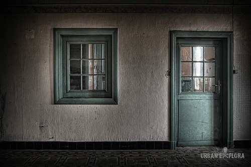 Look and enter the urbexworld | by Eus Driessen photography