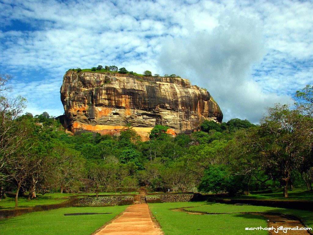 Resultado de imaxes para Sigiriya MATALE, SRI LANKA