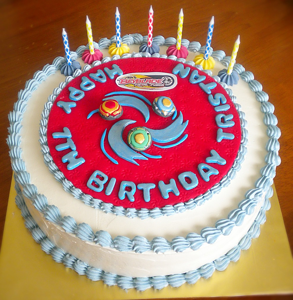 Beyblade Themed Cake Made This For A 7th Birthday Beyblad Flickr
