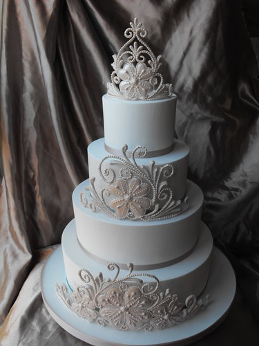 royal iced wedding cake grimsby lincolnshire royal iced. Black Bedroom Furniture Sets. Home Design Ideas