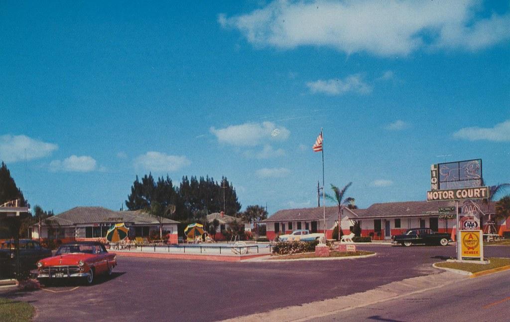 Lion Motor Court - St. Augustine, Florida