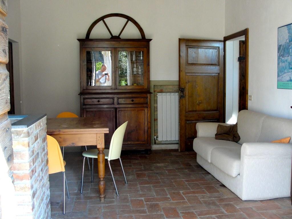 Pavimento soggiorno moderno free moderno soggiorno in for Pavimenti per salone
