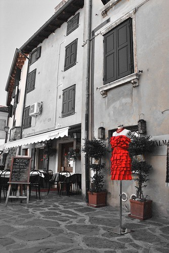 Lady in red | by pagati