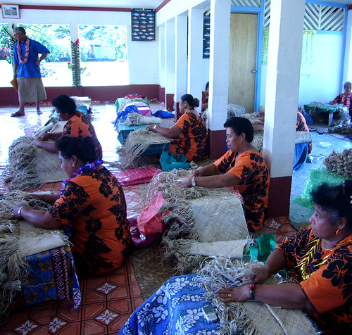 Women's-Committee-weaving-f | by UNDPSamoa