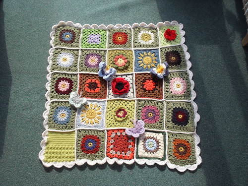 Thanks to everyone who has contributed Squares for this 'Sunshine Blanket'. 'please add note!' | by MRS TWINS/SIBOL 'Sunshine International Blankets