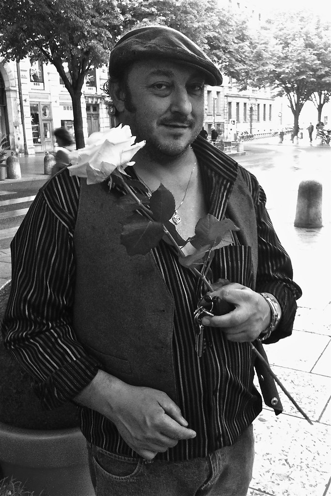 Img 2477 Orlando Barbier Coiffeur A Lyon 1 Iphone 4 Flickr