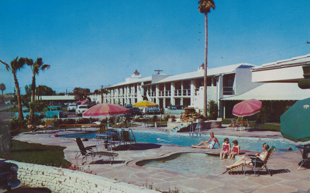 Desert Inn - Phoenix, Arizona