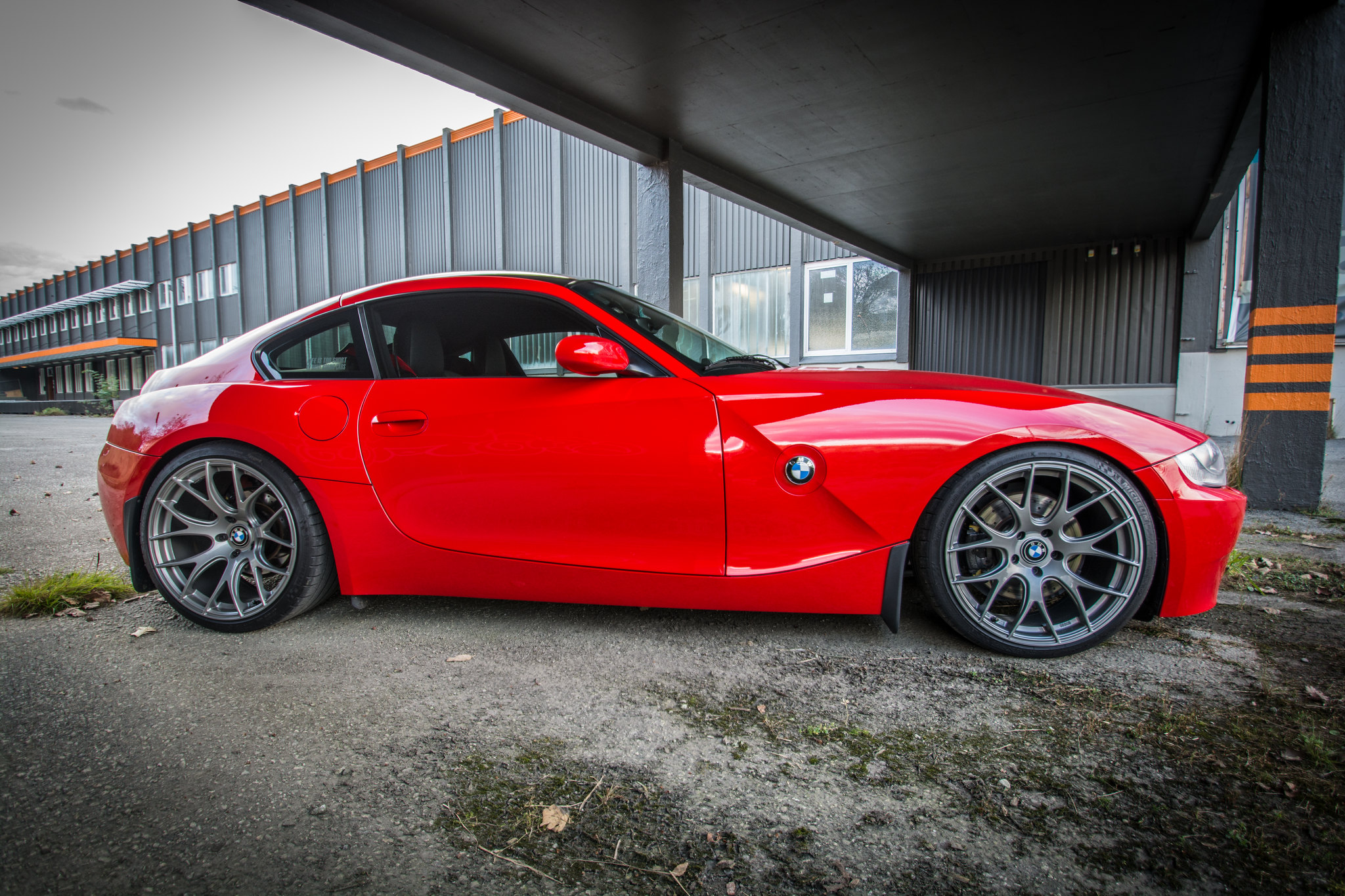 Zed Colours Bright Red Z4 Forum Com