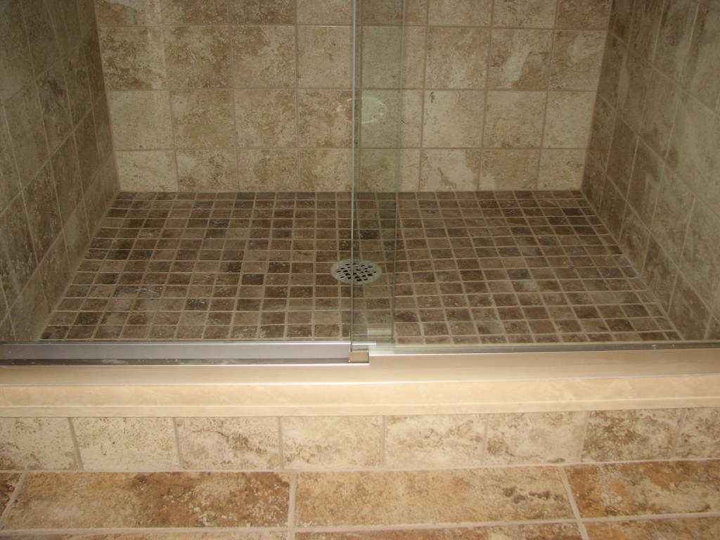 Ceramic Tile Shower Floor With Marble Sill Marltonnj Flickr