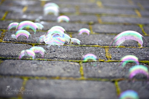Bubble stuck | by Elena (Litsova) Sigtryggsson
