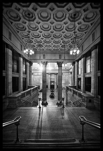 looking into the Great Hall at Union Station Chicago | by Rasidel Slika