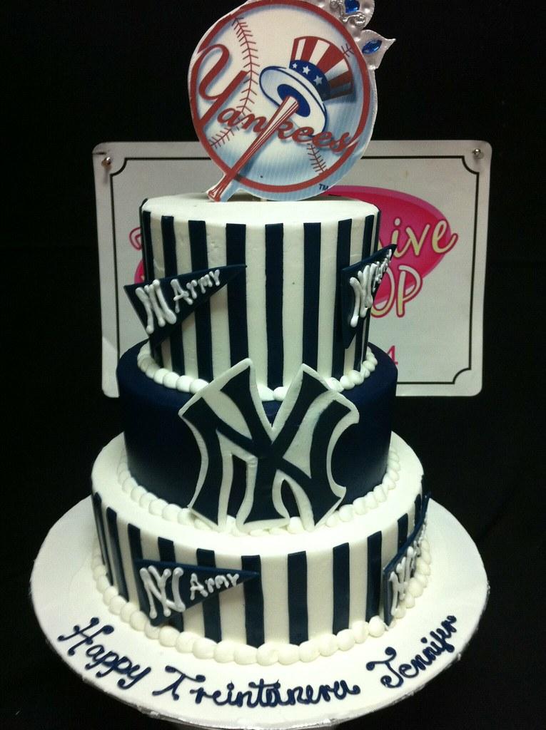 Sensational New York Yankees Cake Exclusive Cake Shop Flickr Funny Birthday Cards Online Benoljebrpdamsfinfo