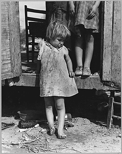 On Arizona Highway 87, south of Chandler. Maricopa County, Arizona. Children in a democracy., 11/1940 | by The U.S. National Archives