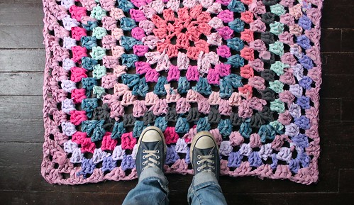 Giant Granny Square Rug! | by roses&pearls