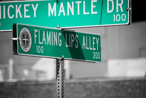 Flaming Lips, an Alley | by kenneth alan lewis