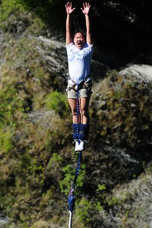 Breakers & Beyond Winner Jillian Lai bungee jumping off of the Kawarau Bridge in Queenstown, New Zealand | by Bay to Breakers 12k
