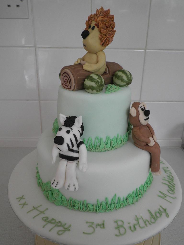 Raa Raa Birthday Cake Cake By Trulyscrumptiouscakeo Flickr