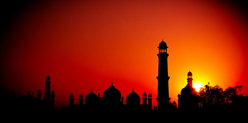 Sunset @ Badshahi Mosque | by Umbreen Hafeez
