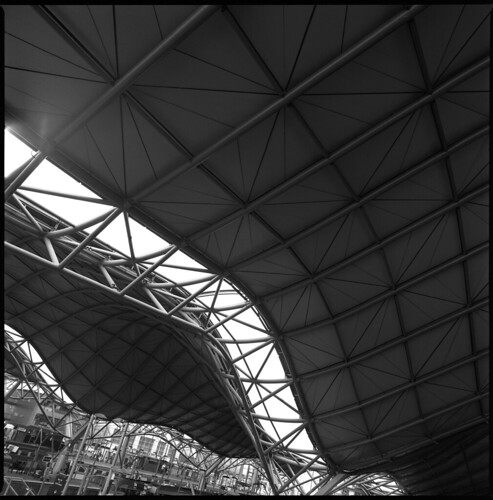 Southern Cross Roof Detail | by LunaliteSBC