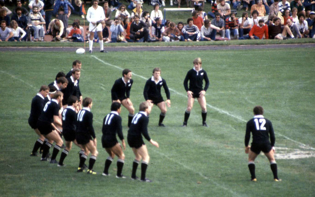 Resultado de imagem para all blACK 1980