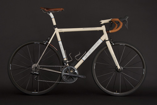 Double Bands, Ivory Glow, Off White Pearl, Corretto | by Baum Cycles