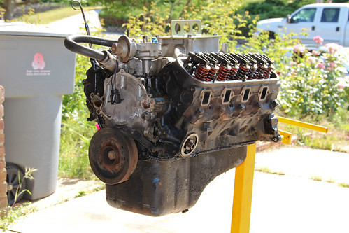 302 Engine Project Picked Up A Ford 302 Engine To Clean