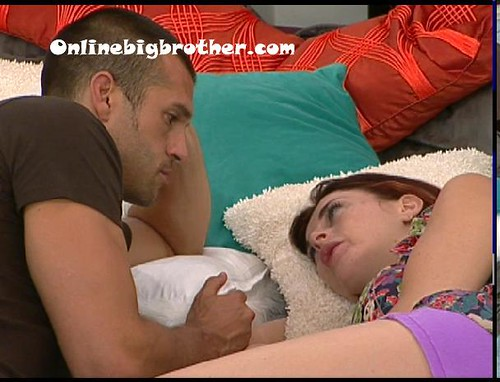 BB13-C2-7-8-2011-7_27_22.jpg | by onlinebigbrother.com