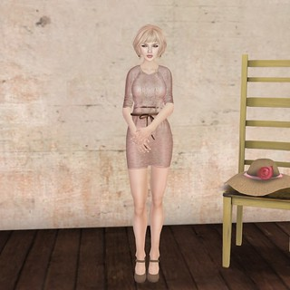 {essences} Sara Pale | by Decorating and other stuff