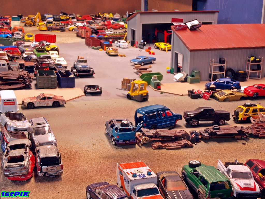 Auto Salvage Heaven: Looking Over the Junkyard | Just anothe… | Flickr