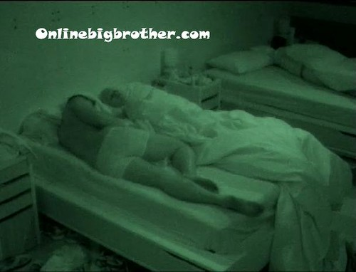 BB13-C4-7-8-2011-8_38_23.jpg | by onlinebigbrother.com