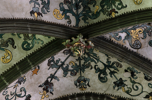 Huy, Wallonie, Collégiale Nôtre Dame, choir vaults, keystone | by groenling