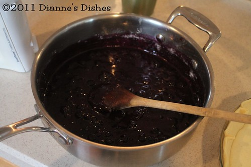 Blueberry Cheesecake Pie: Blueberries | by Dianne's Dishes