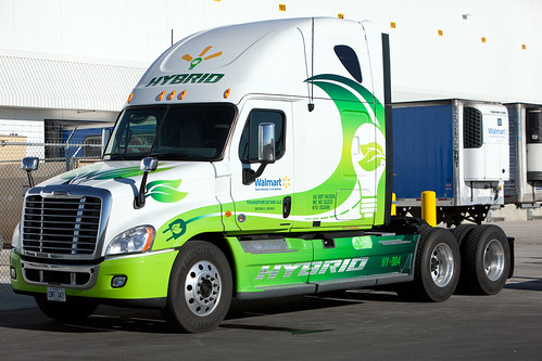 Walmart Hybrid Assist Truck | by Walmart Corporate