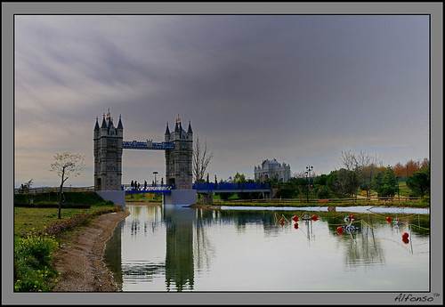 Replica del Puente de Londres | by alfonso-tm