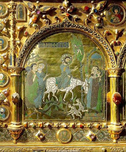 Pala d 39 oro detail 1 jesus 39 triumphant entry into jerusale for Pala de oro