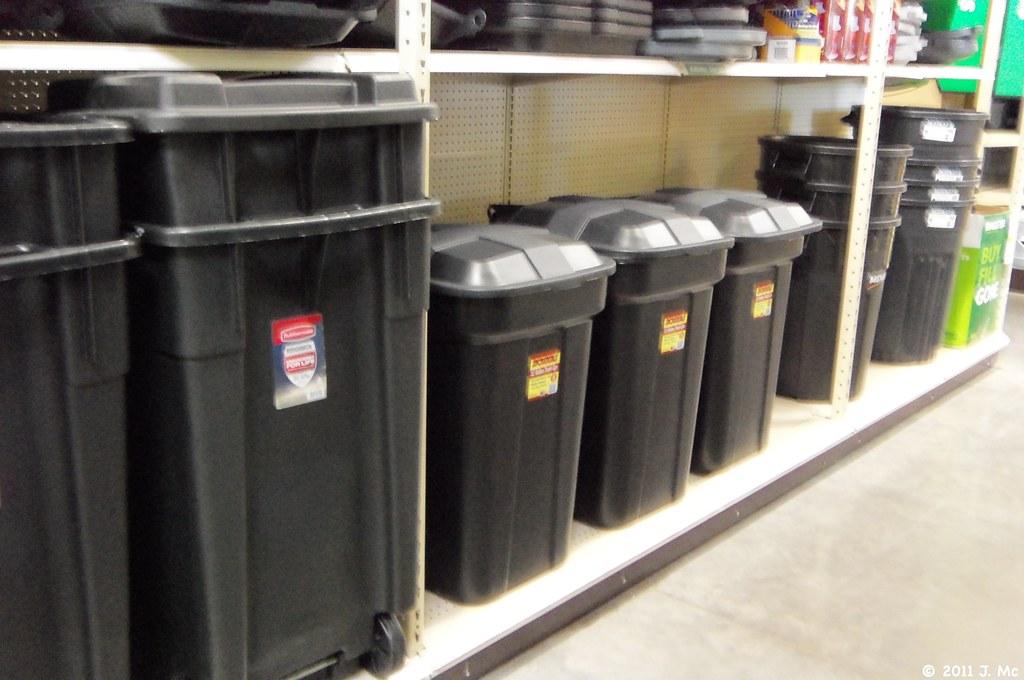 garbage cans at menards