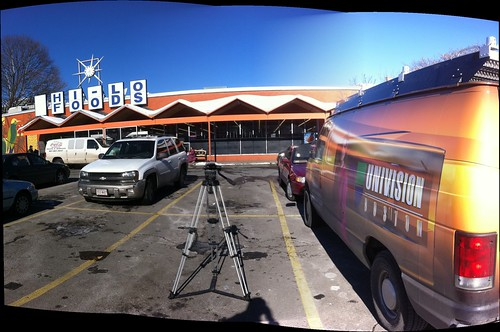 Univision is at Hi Lo Foods | by stevegarfield