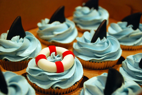 Shark cupcakes for a little boy's bday! | by Sweet Fix