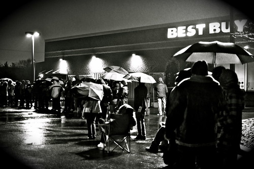 330/365:Black Friday at Best Buy... | by Tasayu Tasnaphun