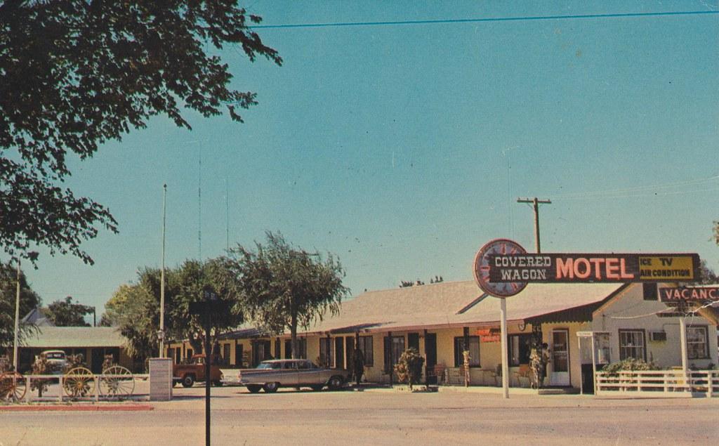 Covered Wagon Motel - Lovelock, Nevada