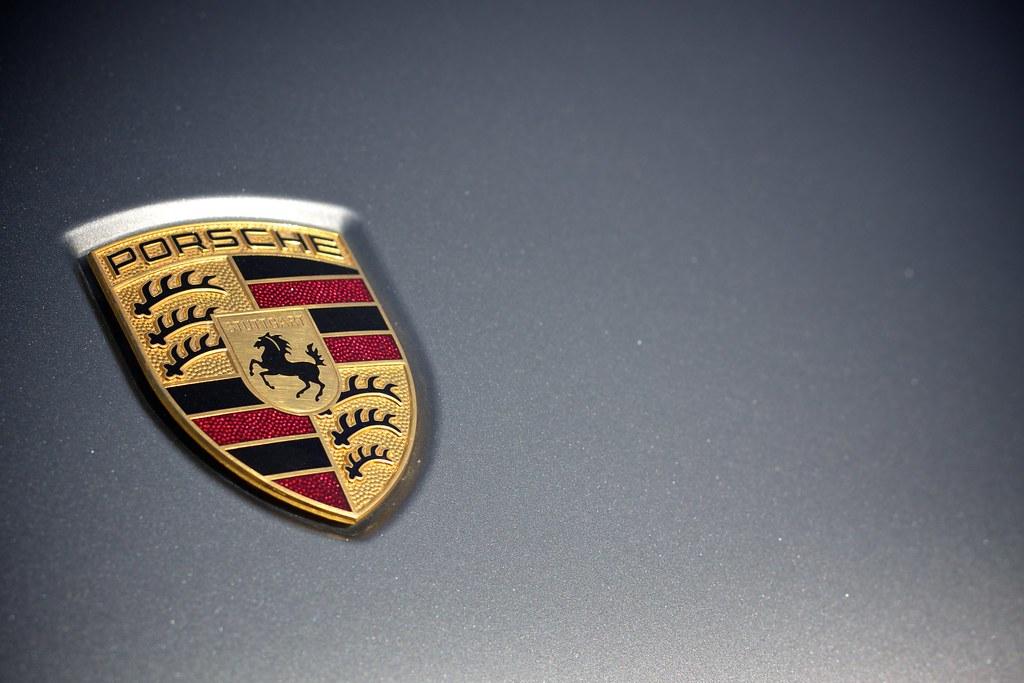 Porsche Logo 2