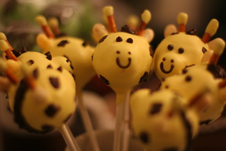 Giraffe Family Cakepops | by Sweet Lauren Cakes