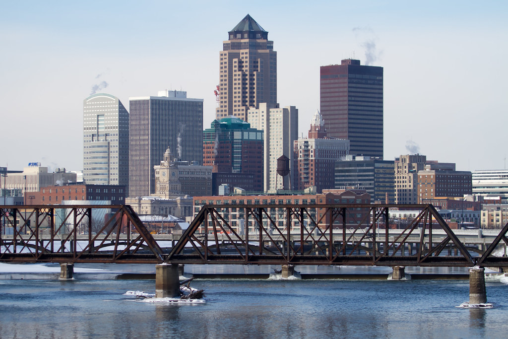 best skyline view des moines iowa you can see this pict flickr
