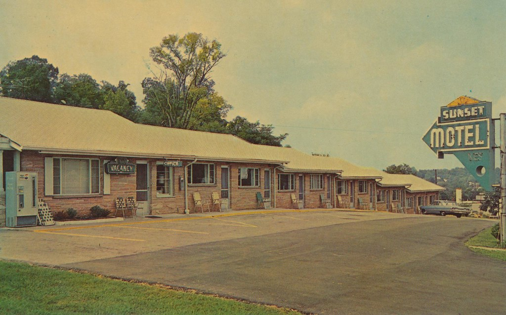 Sunset Motel - Knoxille, Tennessee