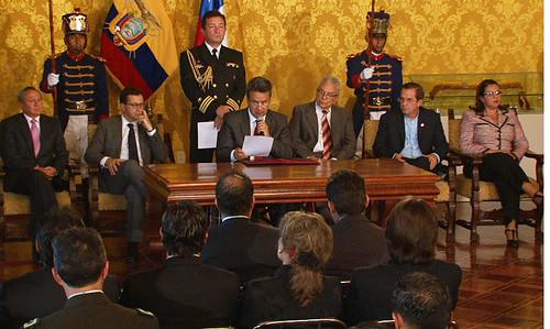Suscripci n de convenio sobre cooperaci n entre ministerio for Ministerio del interior ecuador telefonos