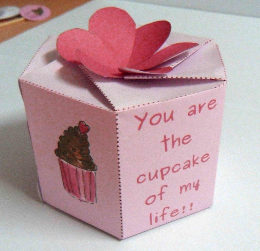 Cupcake Valentine printable box | www.etsy.com/listing/66672… | Flickr