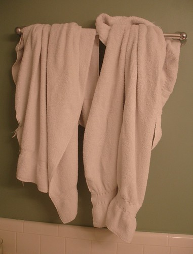 Bunched Hanging Towels | by MamaLaundry