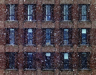 Snow-falling-in-front-of-Klein-Bldg-at-Yale-1 | by mbgmbg