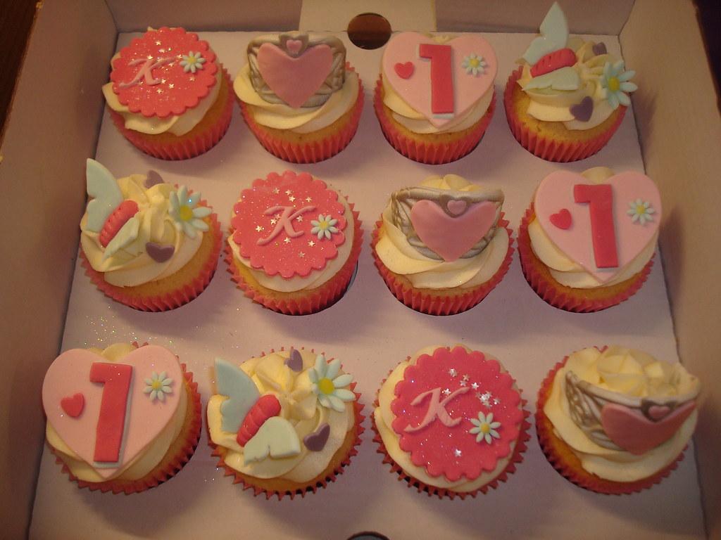 kayla s 1st birthday princess tiara cupcakes julie elliott flickr