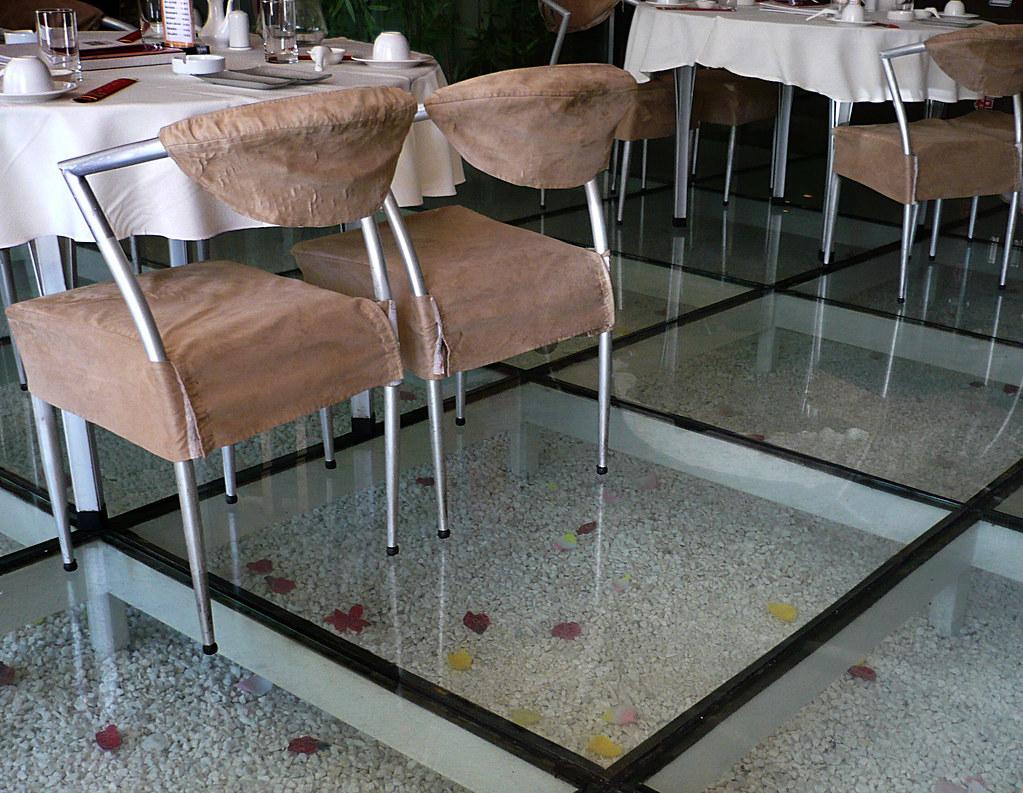 Glass Floor Restaurant In Datong